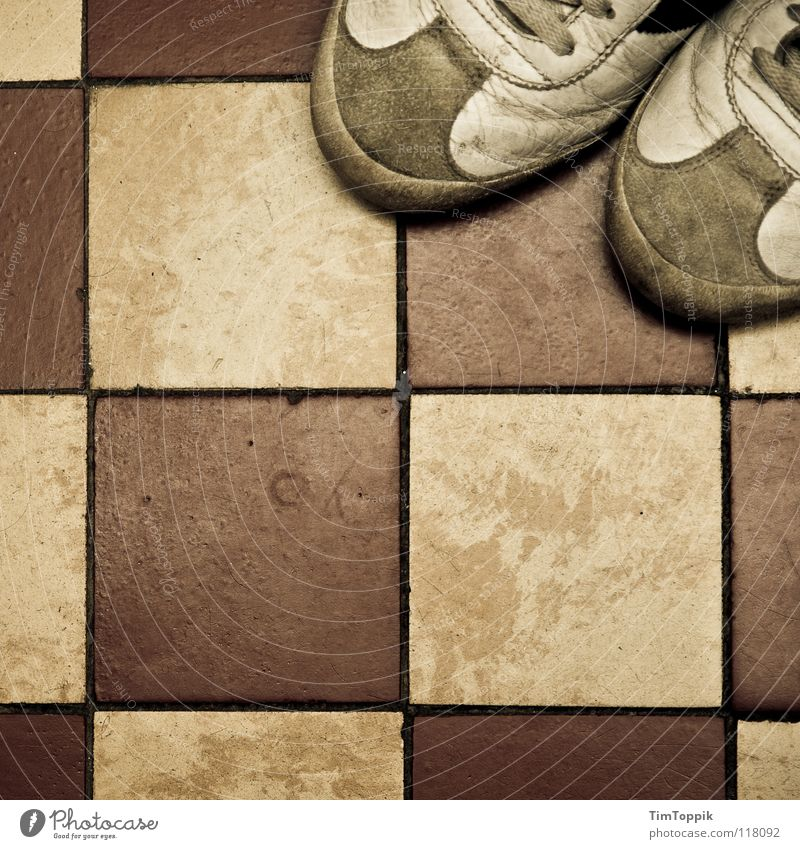 Old Footwear Leisure and hobbies Dirty Floor covering Broken Clothing Bathroom Tile Square Shabby Parking Sneakers Seam Checkered Leather