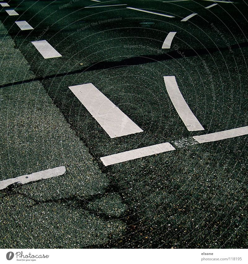 Street Lanes & trails Stone Line Transport Signs and labeling Empty Communicate Circle Concrete Railroad Symbols and metaphors Sidewalk Asphalt