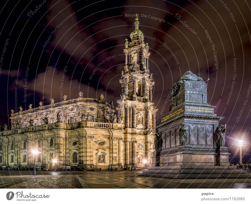 Catholic Court Church (Dresden) Town Capital city Downtown Old town Tourist Attraction Monument Stone Historic Tourism Dresden Hofkirche Cloud field