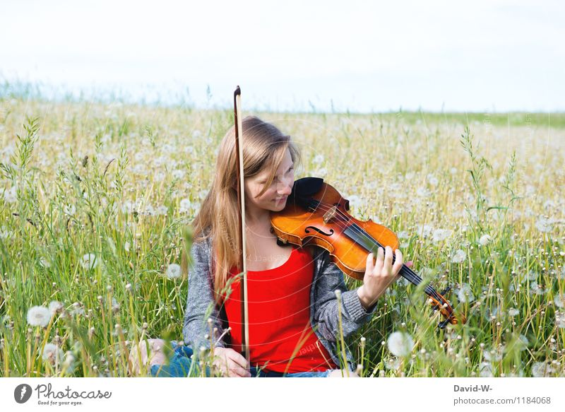 Art & Nature Life Harmonious Well-being Contentment Calm Leisure and hobbies Playing Human being Feminine Young woman Youth (Young adults) Woman Adults 1 Artist