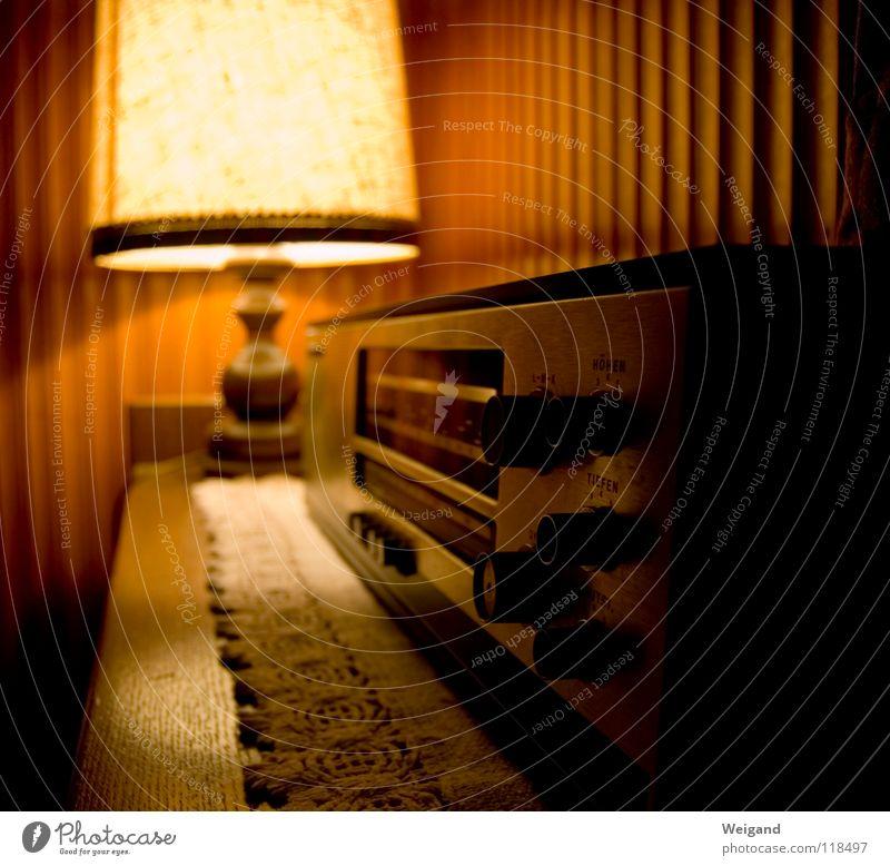 Style Moody Lamp Retro Idyll Hotel Furniture Radio (broadcasting) Blanket Harmonious Ask Welcome Vintage Former The eighties Broacaster