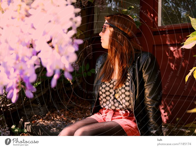 Hallo Frühling Young woman Youth (Young adults) 1 Human being 18 - 30 years Adults Hippie Door Leather Haarband Violet Red Nature Blumen Flieder Colour photo