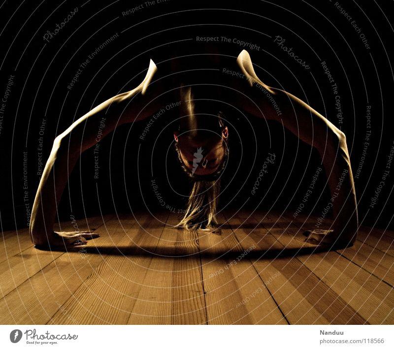 Woman Calm Sports Dark Contentment Dance Power Arm Back Bridge Fitness Concentrate Neck Yoga Martial arts