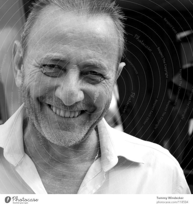Human being Man Joy Face Life Head Gray Happy Laughter Portrait photograph Masculine Teeth Wrinkles Friendliness Smiling Shirt