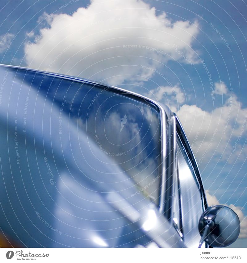 Sky Old Summer Joy Window Car Leisure and hobbies Transience Mirror Road traffic Varnish Redevelop Vintage car Sky blue Carriage Chrome