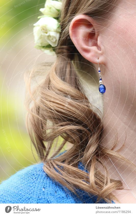 wedding details I Feminine Young woman Youth (Young adults) Adults Life Hair and hairstyles Ear 1 Human being 18 - 30 years Rose Blossom Wool Jewellery Earring