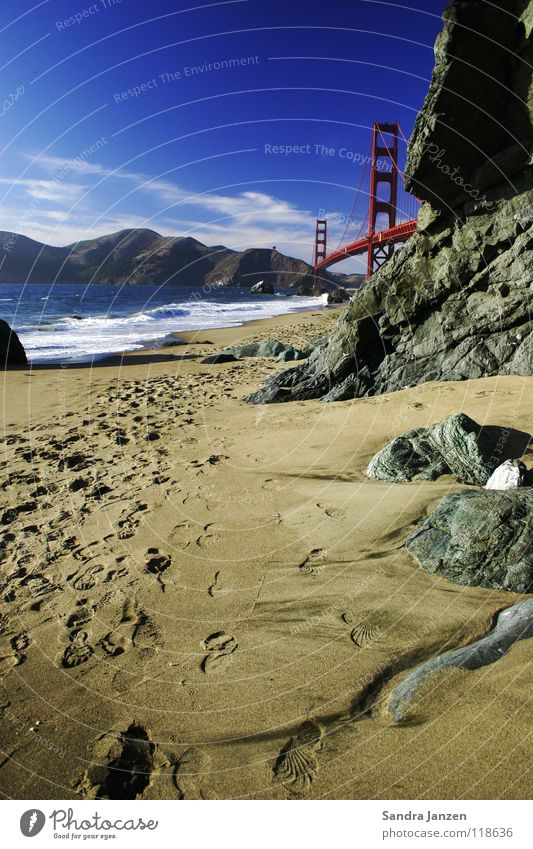 Golden Gate Bridge San Francisco Beach Ocean Vacation & Travel Footprint Sand