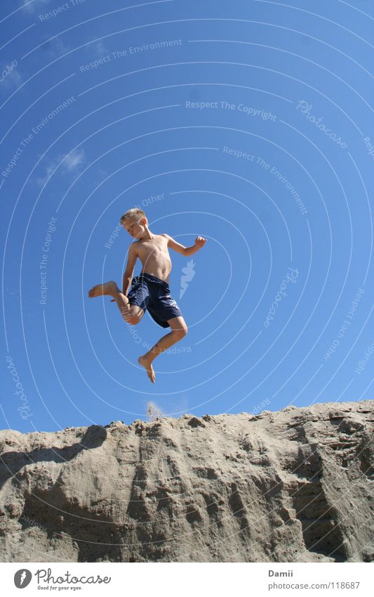 lemming. Happiness Beach Clouds Swimming trunks Jump Blonde Summer Vacation & Travel Altocumulus floccus Child Cliff 2007 Summer vacation Release