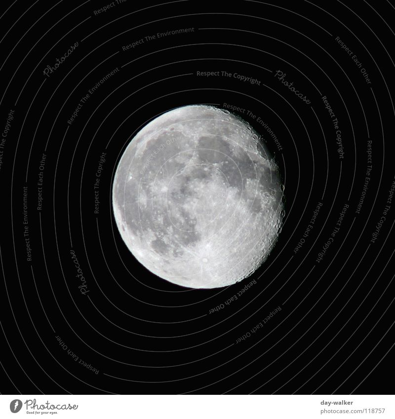Far-off places Dark Bright Circle Round Universe Moon Surface Planet Zoom effect Black & white photo Astronomy Astrology Surface structure Lunar landscape