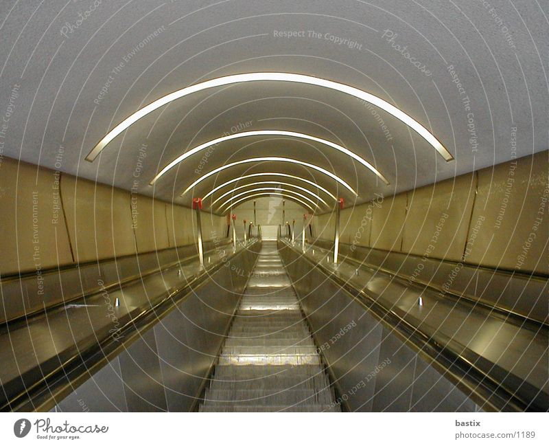 b:escalator:01 Technology Stairs Escalator Electrical equipment Colour photo Arch Central perspective Interior shot Deserted Downward Tunnel lighting
