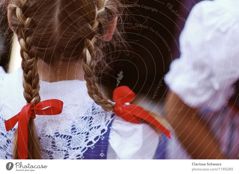 red Hair and hairstyles Feasts & Celebrations Fairs & Carnivals Feminine Girl Youth (Young adults) 1 Human being 3 - 8 years Child Infancy Dress Blue Red