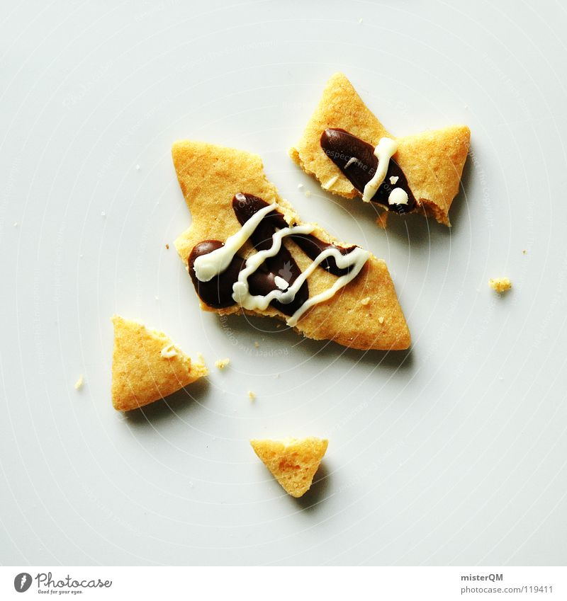 """""""Star airs and graces"""" or """"the christmas die."""" Christmas & Advent Cookie Broken Completed Destruction Brutal Foreign Chocolate Sense of taste Delicious"""