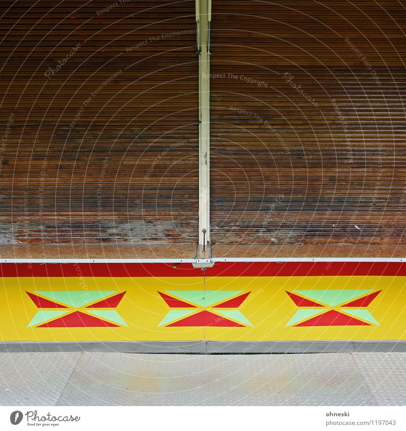 Closed Fairs & Carnivals Stalls and stands Facade Venetian blinds Roller blind Multicoloured End Stagnating Colour photo Exterior shot Abstract Pattern