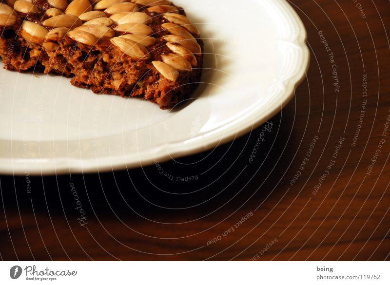 une petite pontchen pâte ainsi que en pony Hot Chocolate Café au lait Gingerbread Almond Nut Plate Broken Division Dough Cake Hard Nutrition Baked goods