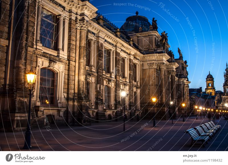 light chain Vacation & Travel Tourism Trip Sightseeing City trip Night sky Dresden Saxony Germany Town Old town Church Castle Tower Manmade structures Building