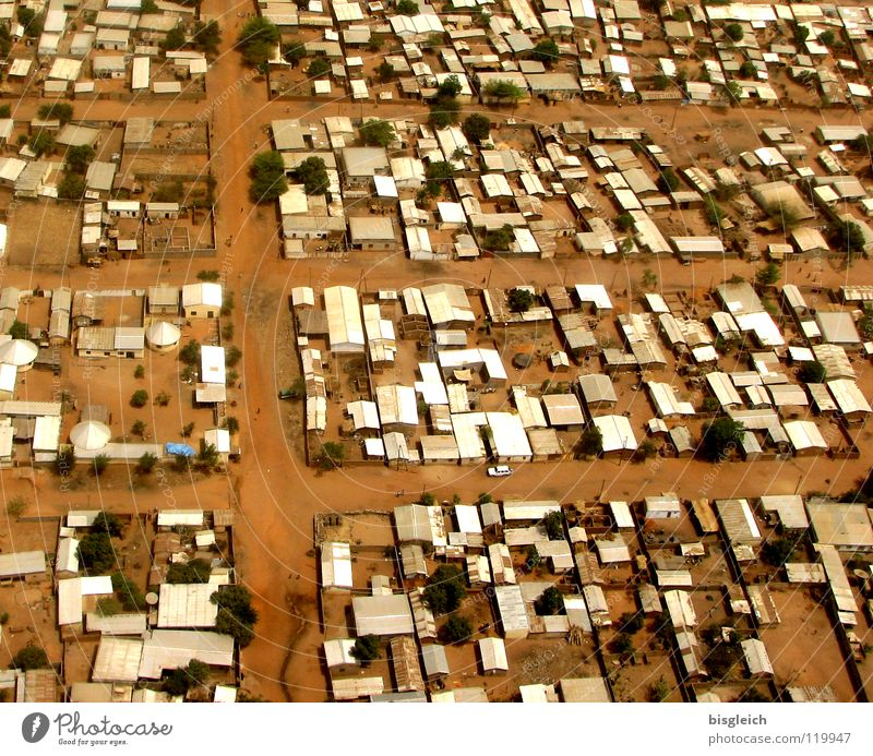 Cameroon from above VI Colour photo Aerial photograph Deserted Bird's-eye view House (Residential Structure) Earth Sand Gamboura Africa Hut