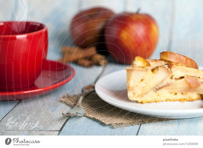 Apple pie with coffee Food Fruit Dough Baked goods Cake Dessert Candy Herbs and spices Nutrition To have a coffee Beverage Hot drink Hot Chocolate Coffee