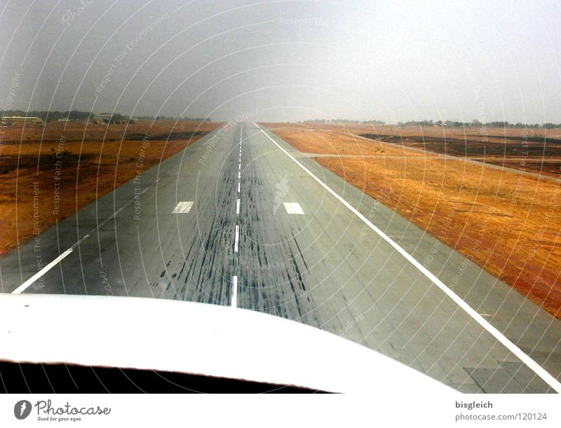 Airplane Aviation Africa Airport Runway Arrival Ski run Propeller Cockpit