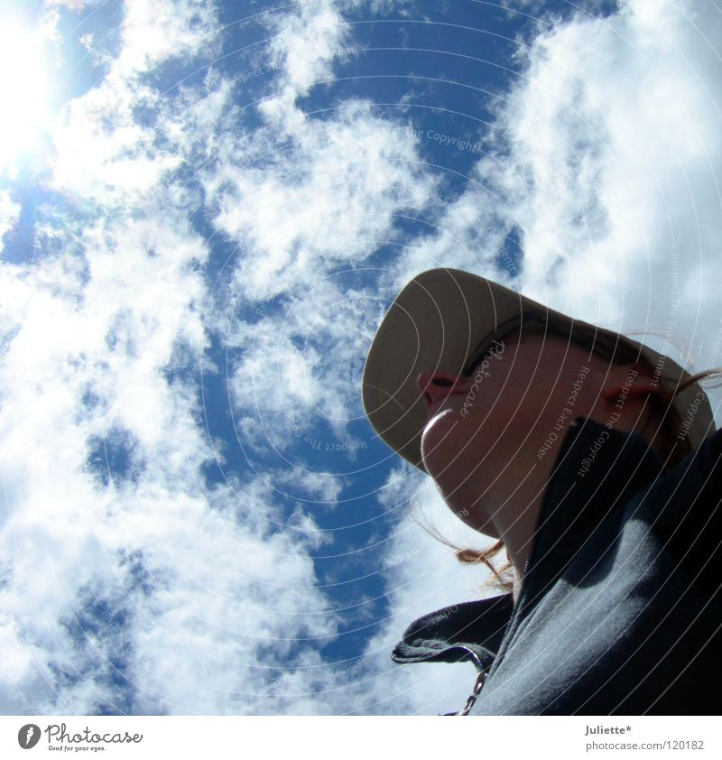 American Qeen Woman Hiking Clouds Baseball cap Dream Lighting Americas Sky Aviation Summer climbing Looking Marvel Sun Loneliness