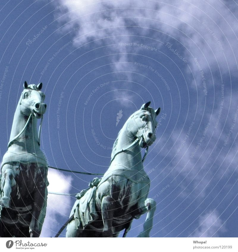 Sky White Blue Clouds Berlin Germany Horse Historic Brandenburg Gate