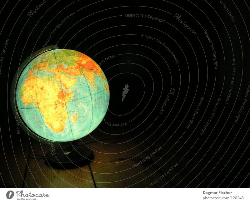 Water Blue Green Vacation & Travel Ocean Black Environment Earth Study Information Countries Sphere Americas War Globe Map