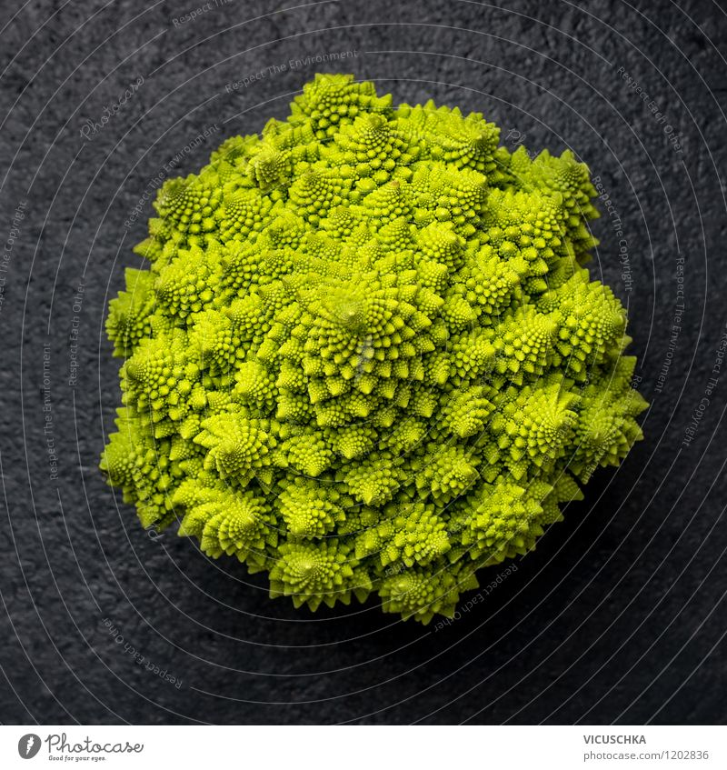 Romanesco Food Vegetable Nutrition Organic produce Vegetarian diet Diet Lifestyle Style Design Healthy Eating Garden Table Nature Vitamin Dark Cabbage