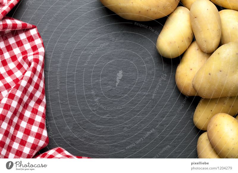 Potatoes with plaid tablecloth Food Vegetable Nutrition Lunch Dinner Vegetarian diet Kitchen Restaurant Eating Blackboard Cook Gastronomy Stone Brick Healthy