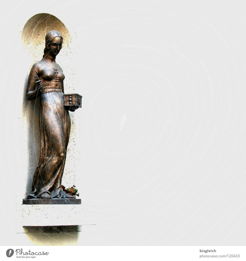 Statue, Zagreb (Croatia) Colour photo Subdued colour Copy Space right Full-length Beautiful Feminine Woman Adults 1 Human being Sculpture Europe Landmark