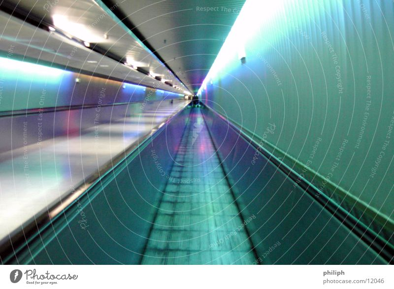 TunnelBand Blur roll String Munich Airport Vacation & Travel