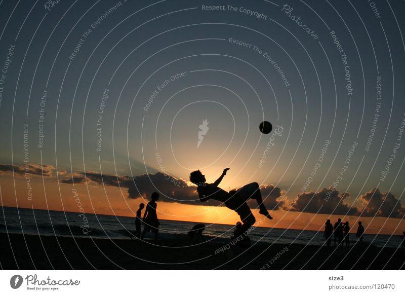 Ocean Beach Balance Circus Sicily