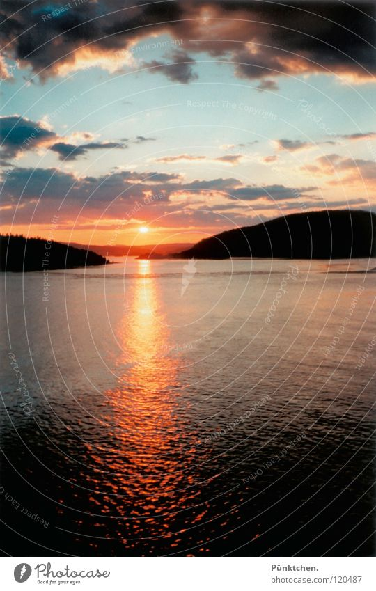 When will we see each other again? Norway Sunset Reflection Vacation & Travel Clouds Hill Oslo Wanderlust Grief Memory Waves Horizon Watercraft Ferry Twilight