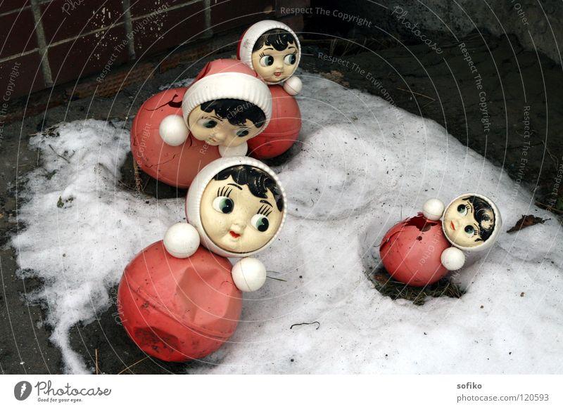 Trister Winter Toys Russia Doll Snow Gloomy Kindergarten Red White Gray Broken Obscure Standing Rock Mannikin Infancy