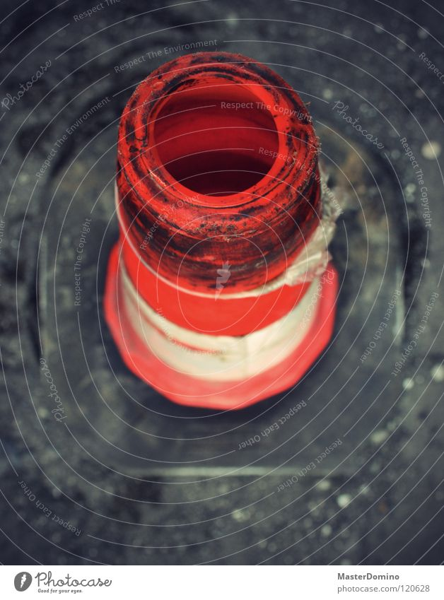 VLC Traffic cone Warning signal White Transport Building rubble Construction site Depth of field Bird's-eye view Conical Safety street cap traffic caps hat game