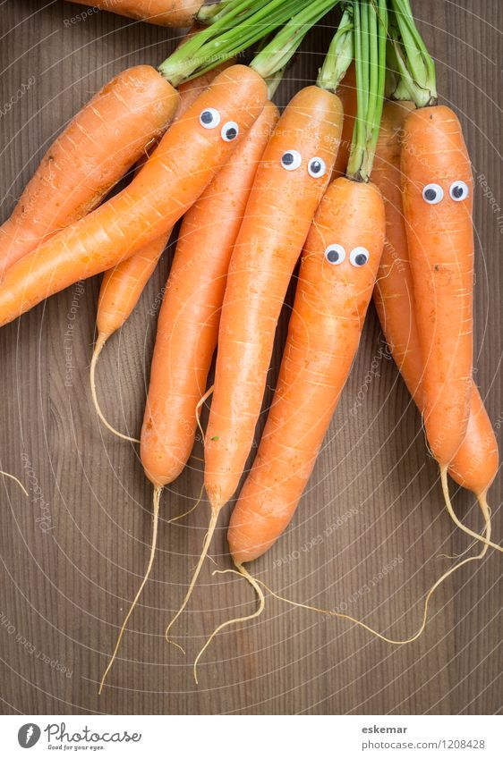 carrot family Food Vegetable Carrot Nutrition Organic produce Vegetarian diet Diet Vegan diet Human being Family & Relations Friendship Eyes 4 Group