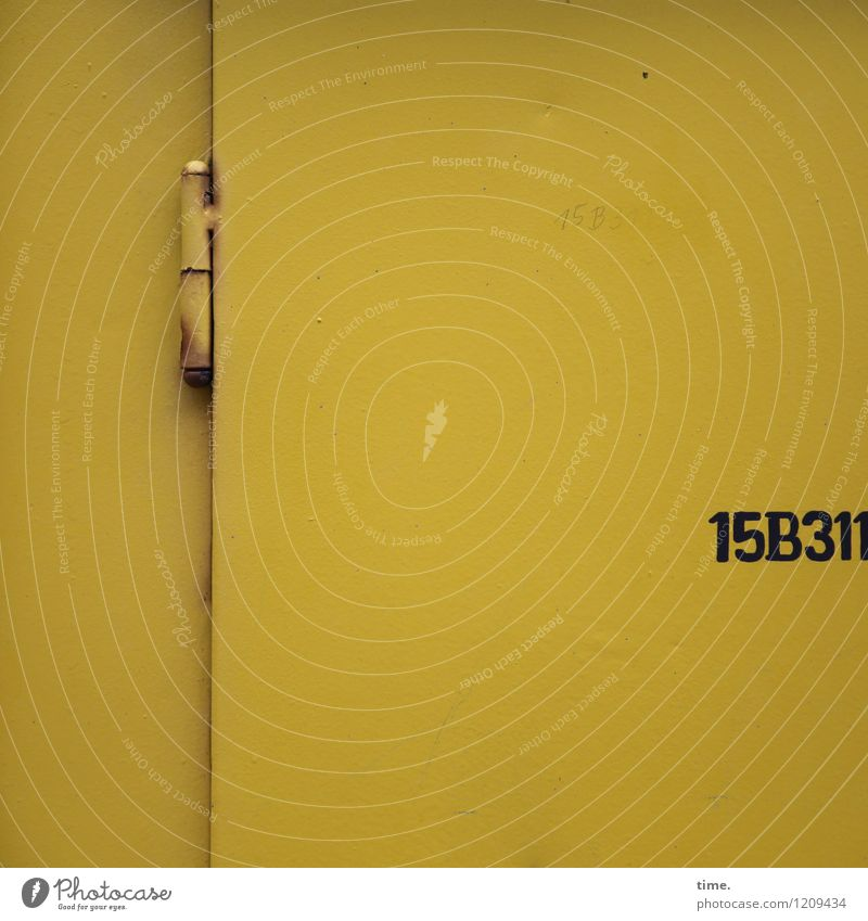 Spreedorado | Puzzle Fun (I) Technology Energy industry Wall (barrier) Wall (building) Door Hinge Rust Metal Characters Digits and numbers Yellow Relationship