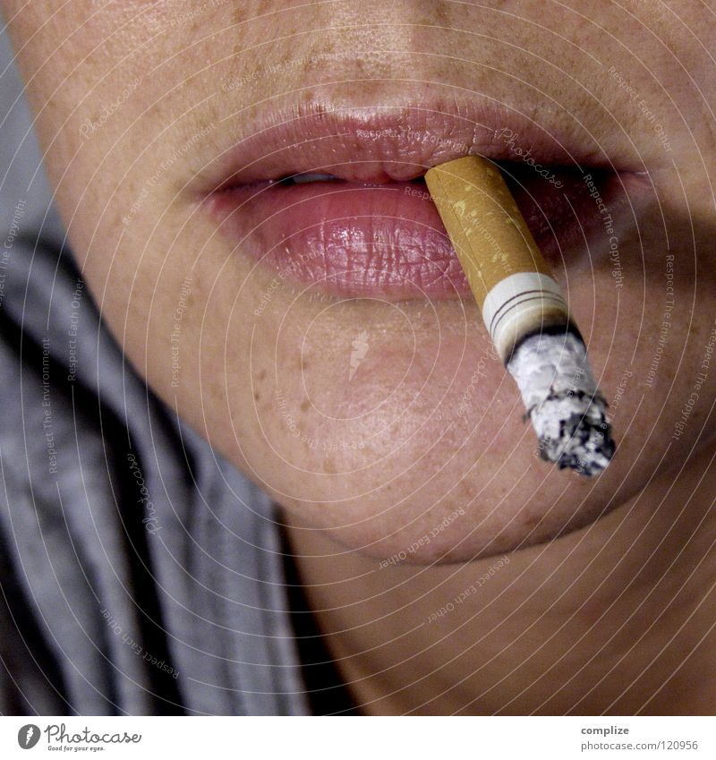Smokers at last! Smoking Woman Cigarette Filter-tipped cigarette Freckles Nicotine Harmful substance Harmful to health Illness Mouth Cool (slang) Debauchery
