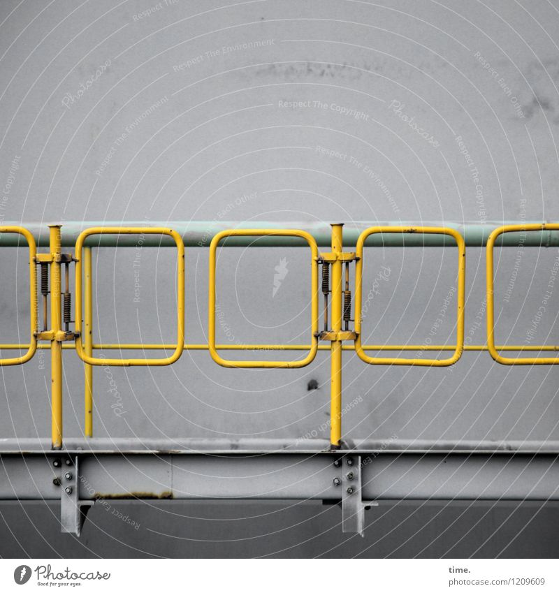 Spreedorado Gangway. Handrail Work and employment Workplace Energy industry Machinery Technology Metal Arrangement Protection Services Safety Lanes & trails