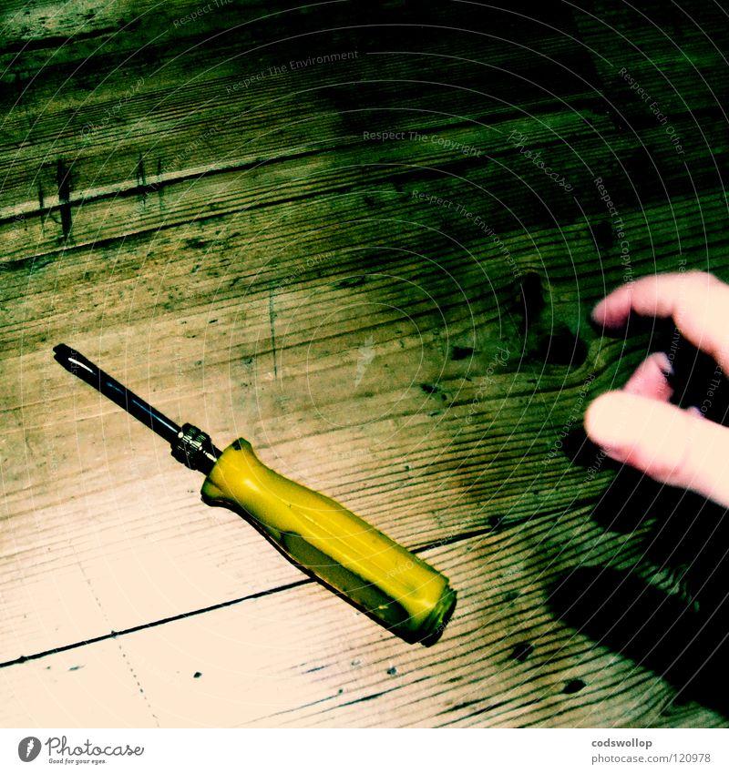 Hand Work and employment Floor covering Craft (trade) Tool Grasp Thumb Wooden floor Dance floor Self-made Slit Handyman Screwdriver