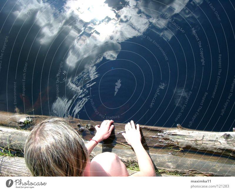 Nature Water Sky Clouds Lake Coast Leisure and hobbies Swimming & Bathing Deep