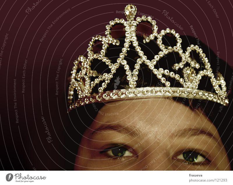 Woman Human being Beautiful Eyes Glittering Luxury Treetop Tilt King Eyebrow Princess Rich
