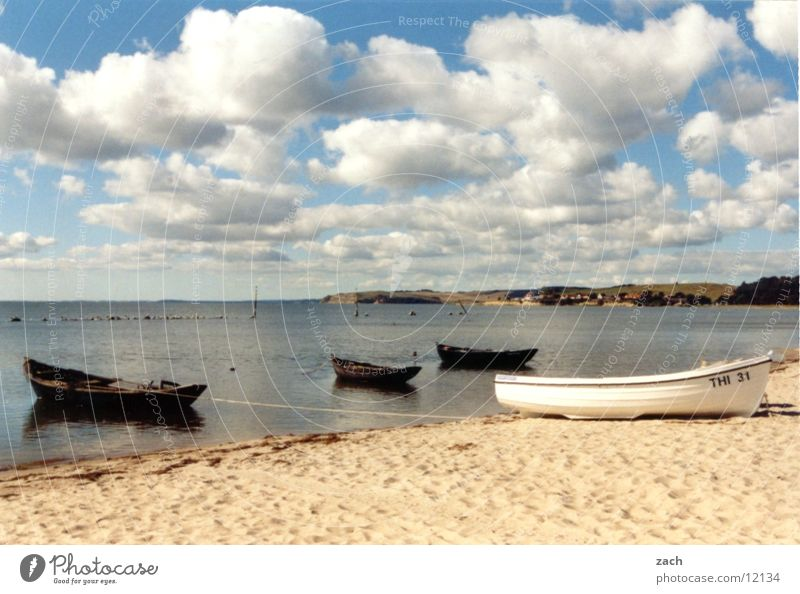 Holy Land Colour photo Exterior shot Deserted Copy Space bottom Day Sunlight Deep depth of field Long shot Calm Vacation & Travel Summer vacation Beach Ocean