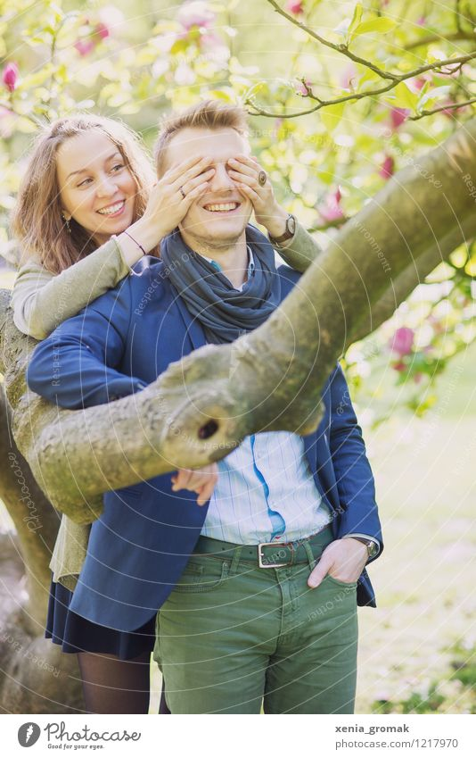 Couple, Spring, Smile, Hug, Play, Flirt Lifestyle Beautiful Harmonious Human being Young woman Youth (Young adults) Young man Partner 2 Environment Nature Sun