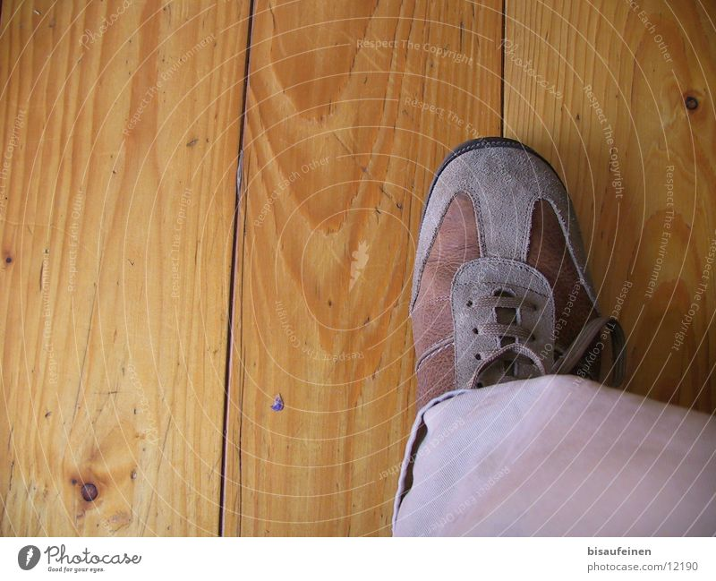 on board Footwear Wood Human being Feet Wooden board Wood grain Legs Floor covering Stride