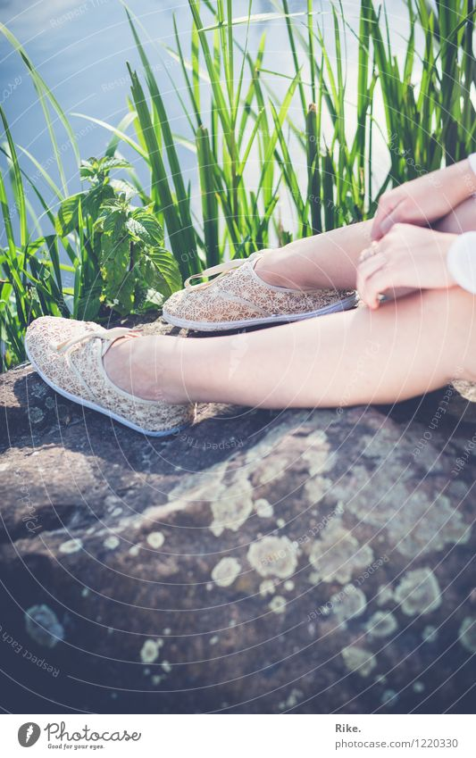 Sunny break. Vacation & Travel Trip Summer Summer vacation Human being Feminine Young woman Youth (Young adults) Legs Feet 1 13 - 18 years 18 - 30 years Adults