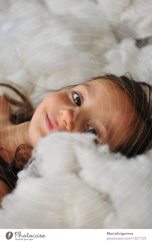 Little girl Human being Child Girl Head Hair and hairstyles Eyes 1 3 - 8 years Infancy Smiling Looking Playing Dream Happiness Beautiful Funny Multicoloured