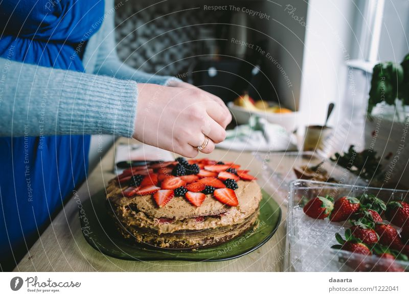 make a cake Food Fruit Cake Dessert Candy Strawberry Lifestyle Elegant Style Design Joy Harmonious Leisure and hobbies Trip Adventure Flat (apartment) Table