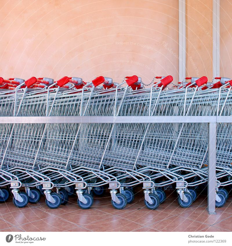 HUNDRED Shopping Trolley Supermarket Red Pink France Cote d'Azur Food Carriage Wall (building) Grating Rod Glittering Door handle Parking lot Nutrition Things
