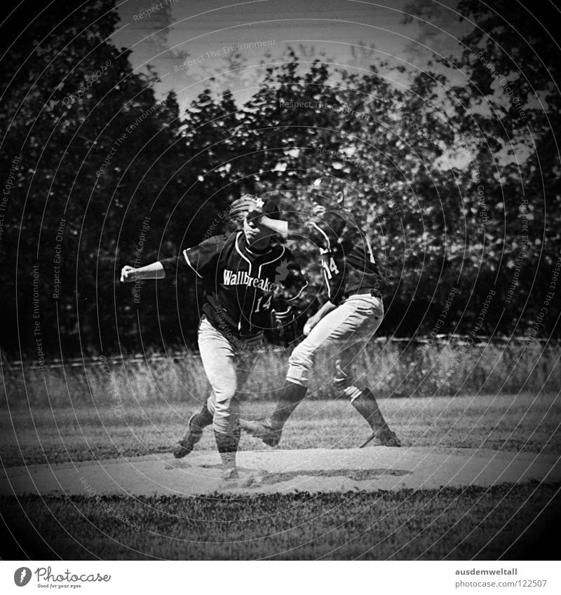 ::The Pitcher:: Baseball Beat Playing Analog Sporting grounds Man Leipzig Sports Black & white photo pitcher Ball pitchers mouth multiple exposure Scan