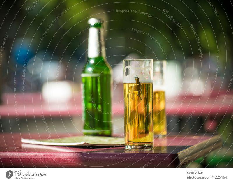 Summer Sun Joy Spring Feasts & Celebrations Lifestyle Glass Beverage Drinking Gastronomy Beer Fluid Restaurant Bar Alcoholic drinks Cologne