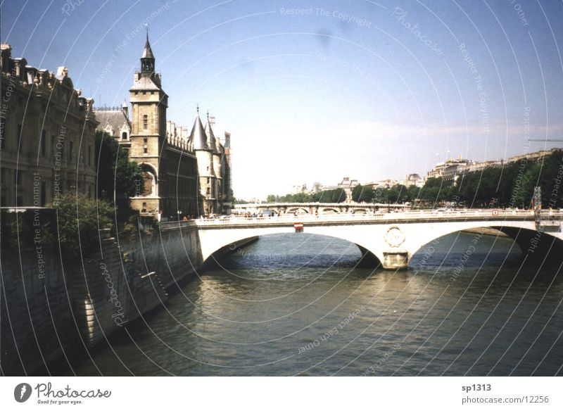 Vacation & Travel Bridge Paris Seine